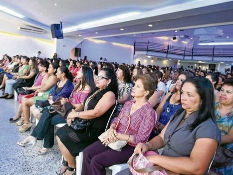 Encuesta bienal: se reduce discriminación a la mujer  - Mi Ciudad - ADN | Bogotá Cultural | Scoop.it