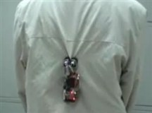 Worm-like robot climbs clothes with alacrity | Strange days indeed... | Scoop.it