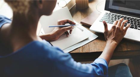 5 Simple Ways to Help Website Visitors Become Customers | online presence | Scoop.it