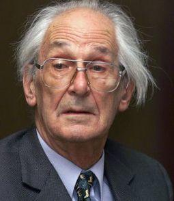 Muere el historiador británico Raymond Carr | Enseñar Geografía e Historia en Secundaria | Scoop.it