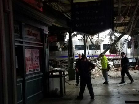 Transit train crashes at N.J. station, injuring 100 | Railway's derailments and accidents | Scoop.it