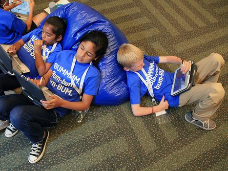 Ebook : Les jeunes préfèrent sentir le livre dans leurs mains | L'enfant et les écrans | Scoop.it
