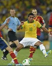How powerful Paulinho will transform Tottenham | Footy Smasher | Scoop.it