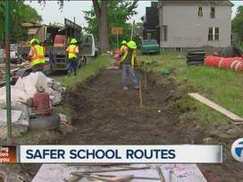 Detroit Public Schools and MDOT work to make walking to school safer for kids - WXYZ | Health and Fitness | Scoop.it