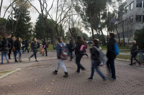 La tasa de paro entre los universitarios españoles alcanza el 14,3% | Formación, tecnología y sociedad | Scoop.it