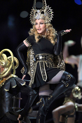 Analyzing Madonna's Illuminati Worship Ritual | mio | Scoop.it