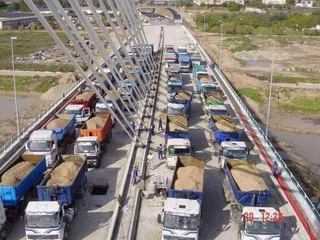 Prueba de carga en el puente sobre el río Guadalquivir, en Córdoba, España @GeotechTips | Ingenieros Civiles | Scoop.it