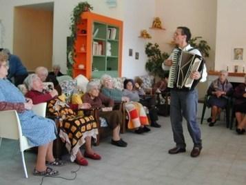 Cantare è un sollievo per i malati di Alzheimer | Mondo Alzheimer | Scoop.it