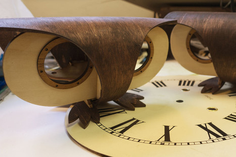 Plexitube Owl Clock | Open Source Hardware News | Scoop.it
