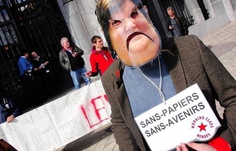 «L'Europe protège les poules de batteries, mais pas les sans-papiers» | Occupy Belgium | Scoop.it