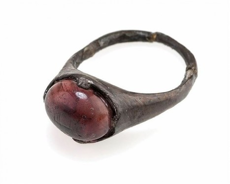 Why was a 9th century Viking woman buried with a ring that says 'for Allah' on it? | Arabian Peninsula | Scoop.it