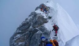 Mount Everest : Inexperienced climber to be banned from climbing Everest. | Into Thin Air | Scoop.it