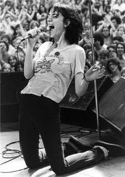 PHOTO:Patti Smith by Bob Gruen in NY | SongsSmiths | Scoop.it