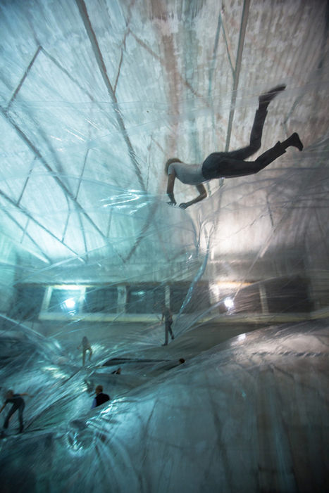 Tomás Saraceno: On Space Time Foam   THIS IS THE MACHINE.   Scoop.it