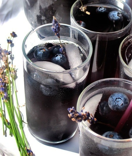 Perfect Pitcher Drink Recipe: Blueberry Lavender Vodka Spritzer — The 10-Minute Happy Hour | ♨ Family & Food ♨ | Scoop.it
