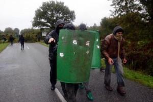 César J3 : les opposants résistent toujours | # Uzac chien  indigné | Scoop.it