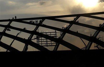 Mundial Brasil 2014: Buscan reanudar obras en estadio - Fútbol AP - ElNuevoHerald.com   Futbol   Scoop.it