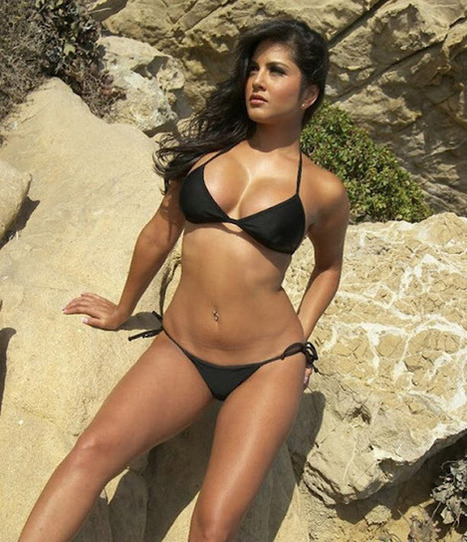 Sunny Leone Still Pictures in Black Bikini - Indian Actress Photoshoot | Indian Fashion Updates | Scoop.it
