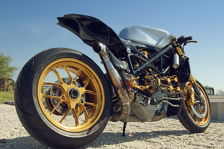 Custom Ducati 1098 | BikeEXIF.com | Desmopro News | Scoop.it