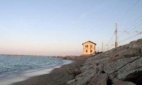 Nelle Marche tornano a nuova vita le stazioni e i caselli ferroviari in disuso all'insegna del turismo e del sociale   Le Marche un'altra Italia   Scoop.it