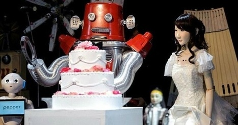 The first robot wedding happened in Japan: There was a kiss, cake, and dancing | Une nouvelle civilisation de Robots | Scoop.it