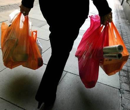 Crisi:al supermarket cresce spesa attenta a ambiente ea risparmio - ANSA.it | LucaScoop.it | Scoop.it