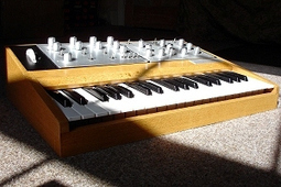 The Aurora AR57 Synthesizer – New 3-Oscillator Analog Synth | New Music Technology | Scoop.it