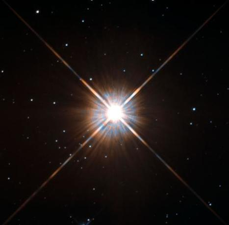 Hubble's new shot of Proxima Centauri, a flare star that can live four trillion years | Amazing Science | Scoop.it