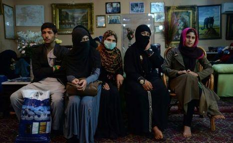 Dans Kunduz occupée, les femmes afghanes ont replongé dans la peur des talibans - Libération | Les femmes dans le monde | Scoop.it