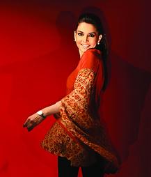 Sonya Battla | O'nitaa The Essence Of Asian Couture – London | Scoop.it