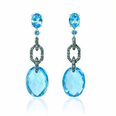 Green Diamond and Blue Topaz 18k White Gold and Black Rhodium Dangle Earrings | Exquisite Earrings | Scoop.it