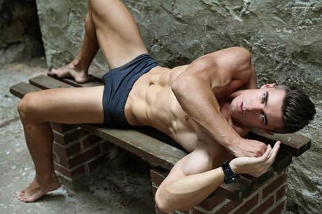 """Forever Summer"" Model Alexander Karpov by Thomas Synnamon – Adon issue 18 | THEHUNKFORM.NET | Scoop.it"