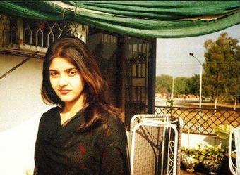 Karachi Hot Sexy Beauty Desi Girl   Justhottest   Scoop.it