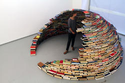 An Igloo made of Books by Miler Lagos | Share of Mind - Inspirational Curiosity | Scoop.it