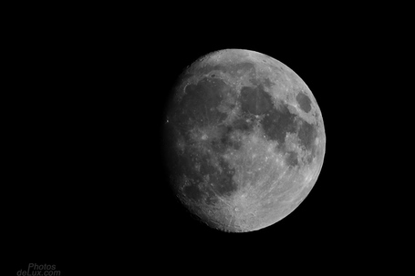 Tonights Moon over Hamburg - Fuji X-Pro1 | PhotosDelux | Fuji X-Pro1 | Scoop.it