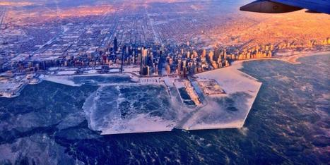 LOOK: These Photos Of Chicago Under Ice Are Pretty Surreal | Educational Technology | Scoop.it