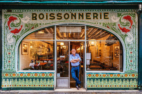 Colorful Paris Storefronts And Their Owners Reveal The True Story Of The City | 16s3d: Bestioles, opinions & pétitions | Scoop.it