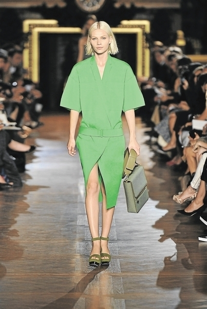 Stella McCartney impose ses valeurs écolos dans la mode - Les Échos | Des nouvelles de la Mode | Scoop.it