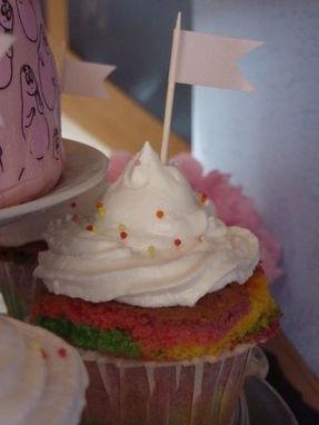 Les Rainbow Cupcakes et leur seven minute frosting - La cuisine de ... | cupcake | Scoop.it