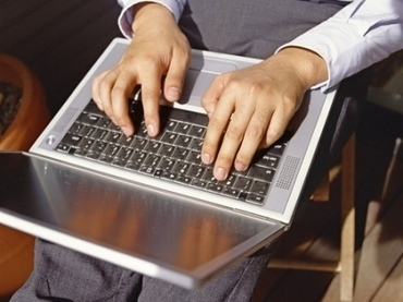 המעבר לגביית תשלום באתרים הוא סימן להתבגרות תעשיית האינטרנט - MarketMoney | Internet business models | Scoop.it