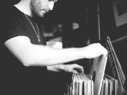 Bicep on record shopping and their love affair with vinyl | With Night Trax Mix Stream & DL | Dance Music Electronic - Hard On Club | Scoop.it