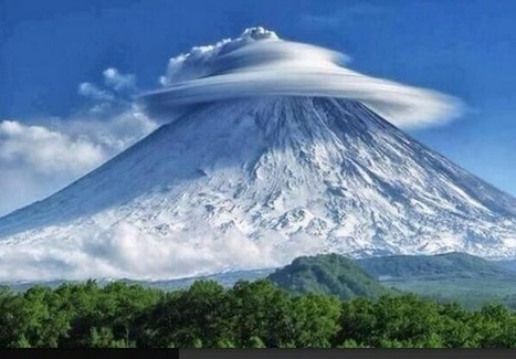 Formation de nuages rares dans la péninsule russe du Kamchatka | Schoonheid en de troost | Scoop.it