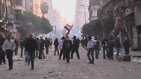 Fresh clashes hit Egyptian square   Coveting Freedom   Scoop.it