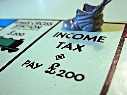 CADTM - « Les Grecs ne paient pas leurs impôts et ont vécu au-dessus de leurs moyens » : FAUX ET ARCHI FAUX ! | Communiqu'Ethique fait sa revue de presse : (infos du monde capitaliste)) | Scoop.it