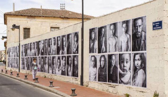 Barberá censura a manguerazos una intervención de arte público en El Cabanyal | Partido Popular, una visión crítica | Scoop.it