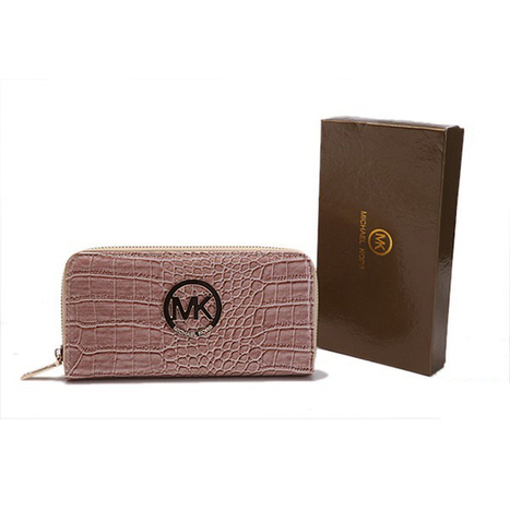 Michael Kors Jet Set Continental Large Beige Wallet | new and share style | Scoop.it