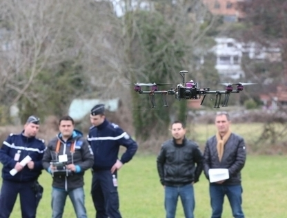 [Dossier] Ces drones qui ont investi le ciel du Béarn - La République des Pyrénées | Drôles de drones | Scoop.it