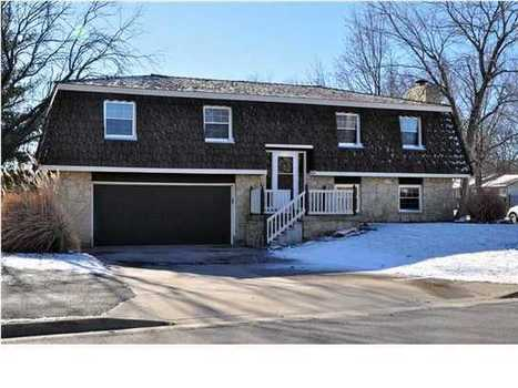 Great 3bd, Updated home! Walk out bsmnt w/ Wet bar, Inground pool! (Derby) Home for Sale   Houses for Sale in America   Scoop.it