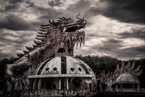 Haunting Shots of Ho Thuy Tien Abandoned Water Park | Urban Decay Photography | Scoop.it