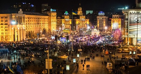 20 Incredible Images of Massive Protests in Ukraine | L'Ukraine se bat pour l'Europe | Scoop.it